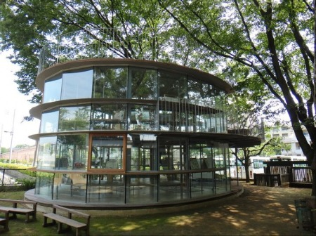 Kita_Tezuka-Architects_treehouse2